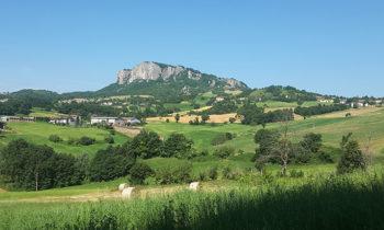 Sentiero Spallanzani Verso-la-Pietra-di-Bismantova