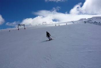 les 2 Alpes sciare sul ghiacciaio-®hhospital