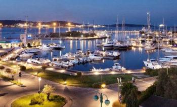 Barca a vela Marina-di-Olbia