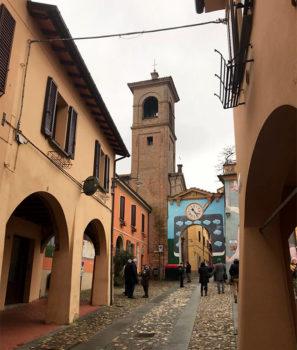 Castel San Pietro Dozza,-piazza