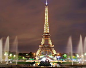 Parigi, Torre Eiffel illuminata