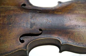 Violino Piccolo Storioni particolare-Fondazione Bracco_-autore_Aedo
