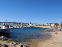 Palamós, porto e spiaggia (foto: P. Ricciardi © Mondointasca.it)