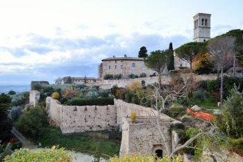 Assisi mura-medievali