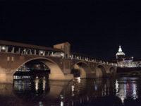 Pavia, Ponte Coperto con vista del Duomo (foto:©Matteo Marinelli ©Scilla Nascimbene Mondointasca.it)
