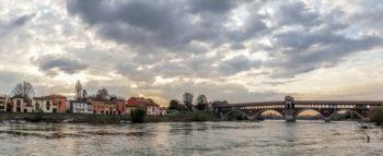 Pavia rossa panorana-sul-Ticino