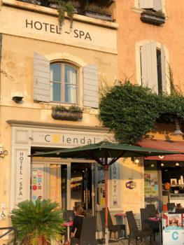 Arles, Hotel-Calendal