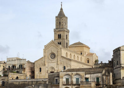 turismo religioso Matera-vista-della-cattedrale