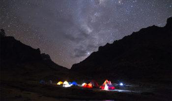 PromPerù-Campamento-cerca-a-la-cordillera-Huayhuash.©dickens