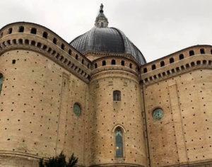 Santuario Santa Casa, absidi esteri (foto: C. Guerriero © Mondointasca.it)