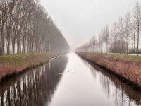 Bruges, pista ciclabile lungo il canale (Photo: ©Matteo Marinelli R.T.Hearth – Mondointasca.it)