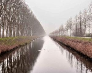 Bruges, pista ciclabile lungo il canale (Photo: ©Matteo Marinelli R.T.Hearth – Mondointasca.it)