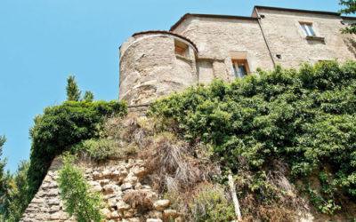 Irpinia Castello-di-Tufo