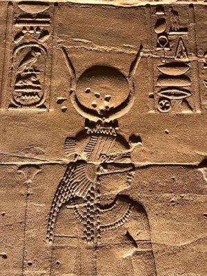 Antico Egitto Iside (ph. Federica Gögele © Mondointasca.it)