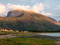 La Montagna vivente: storia e avventura