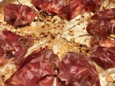SP 143 pizza-al-prosciutto (foto: D. Bragaglia© Mondointasca.it)