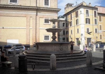 Suburra Piazza della Madonna dei Monti