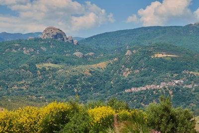 Aspromonte on the road verso Pietra Cappa uno dei più grandi monoliti d'europa