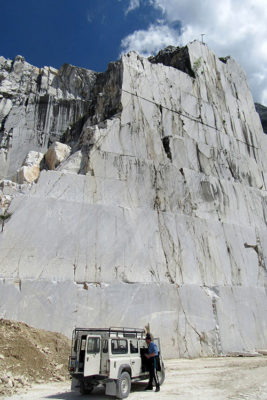 Carrara Cava-di-marmo