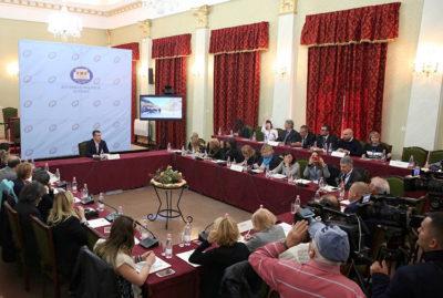 Parlamento Albania, conferenza-stampa