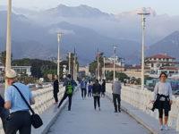 Forte dei Marmi, passeggiata sul pontile