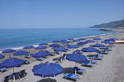 Lido-Blu-spiaggia-attrezzata © Mondointasca.it