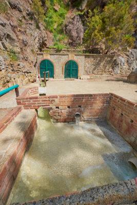 Terme Luigiane le sorgenti la-canalizzazione-verso-le-terme © Mondointasca.it