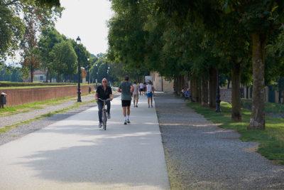 Jogging sulle Mura (foto: © emilio dati - Mondointasca.it)