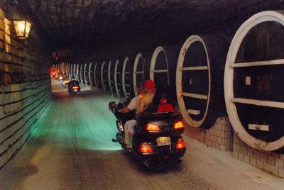 Vino Milestii-Mici-underground-cellar_tourist-on-motorcycles