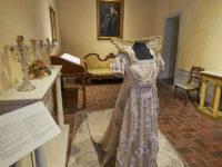 Museo Pucciniano abito di scena della Tosca (2016) (foto: © emilio dati - Mondointasca.it)