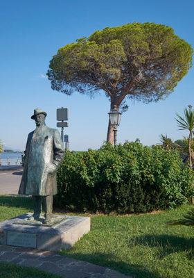 Torre del Lago statua dedicata al Maestro Puccini (foto: © emilio dati - Mondointasca.it)