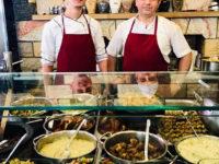I cuochi del ristorante Ciya (ph. c. guerriero © mondointasca.it)