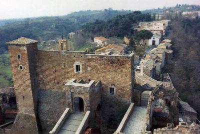 Il castello degli Orsini foto Massimo Fordini