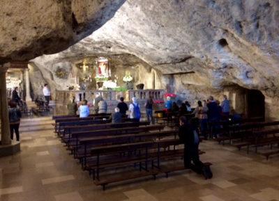 Monte Sant'Angelo grotta-apparizione