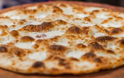 Focaccia-di-Recco-col-formaggio
