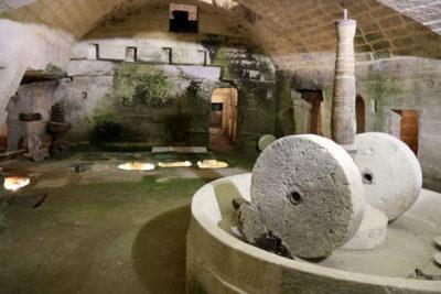 Frantoio-ipogeo-all'interno-del-Palazzo-baronale
