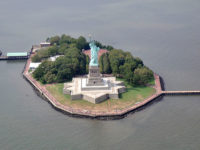 Liberty Island (ph. Sidvics)