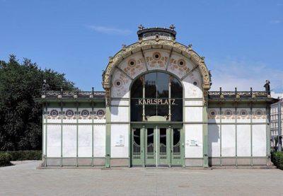 Vienna La stazione Karlsplatz, disegnata da Otto Wagner foto Bwag