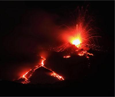 Eruzione dell'Etna foto Andrea Mirabella