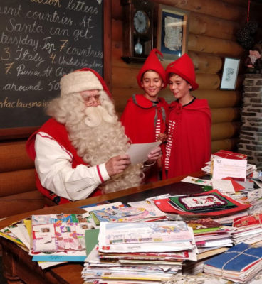 Santa-Claus-e-le-lettere-dei-bambini