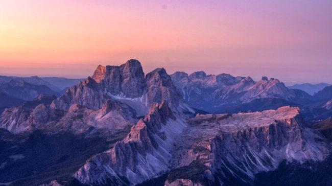 Alba dalla Tofana (foto: Dino Colli)