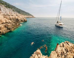 In barca a vela lungo le coste della Croazia