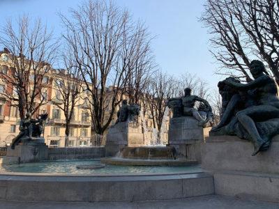 simboli Fontana in piazza Solferino