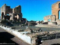 Villa dei Quintili vista dai portici verso le Terme