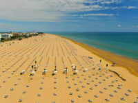 Bibione reinventa accoglienza e posto al sole