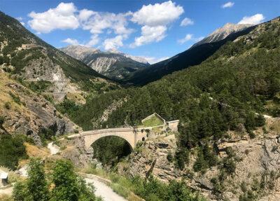 Il-Pont-d'Asfeld-supera-la-Durance-a-60-metri-di-altezza-Ph-dario-Bragaglia