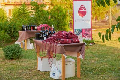 Degustazioni-enogastronomiche-a-cura-dell'-associazione-Slow-Food-e-del-Consorzio