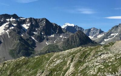 Panorama-dal-Col-du-Galibier-con-la-Barre-des-Ecrins-sullo-sfondo (Ph. D. Bragaglia ©Mondointasca.it)