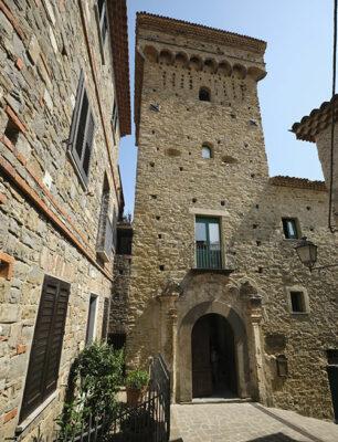 Pollica-Castello-Vassallo (© Ph Emilio Dati)
