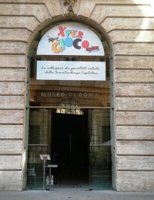 Ingresso-della-mostra,-palazzo-Braschi